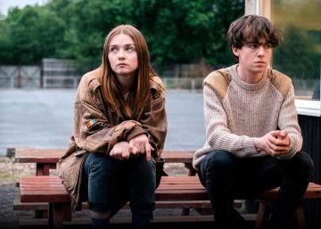 Um turbilhão de loucura entre  Assassinos por Natureza  e  Ghost World – Aprendendo a Viver . Assim é a série adolescente britânica da Netflix que está na boca de todo mundo