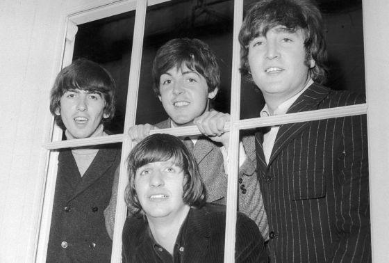 Os Beatles nos estúdios Twickenham em 1965.
