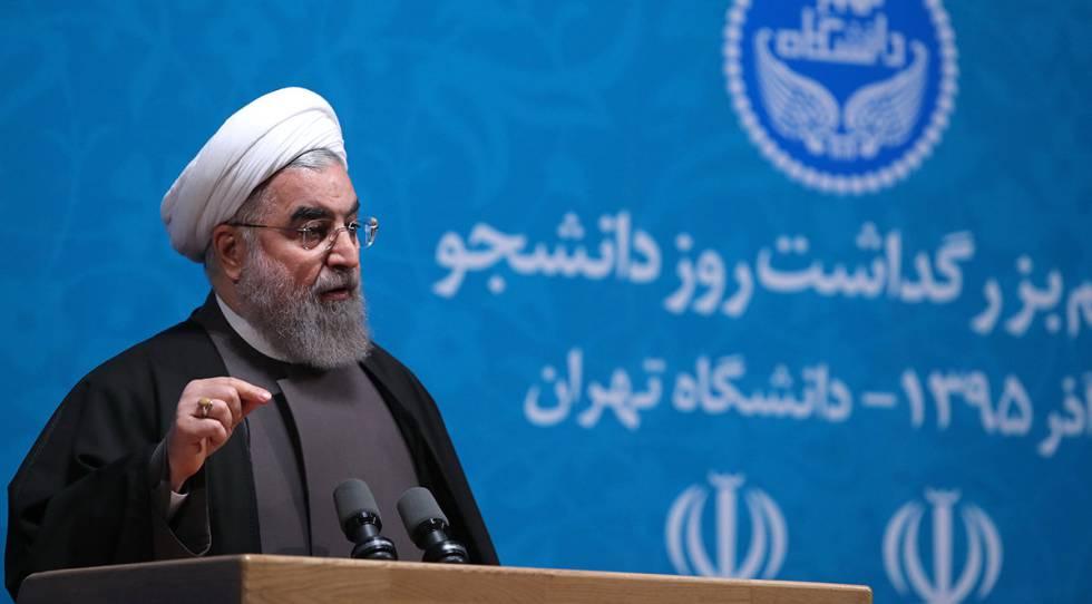 Pie de Foto: Hasan Rohaní, el pasado 6 de diciembre en la Universidad de Teherán.