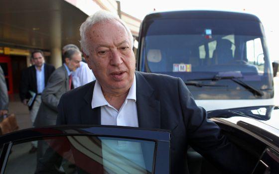 O ministro espanhol de Relações Exteriores, García-Margallo, chega a Cuba.