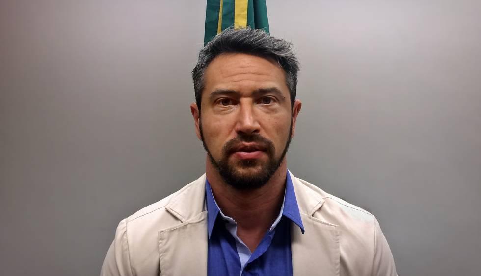 Ex-goleiro Alê Montrimas em audiência pública na Câmara dos Deputados.