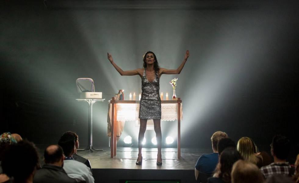 Foto da peça 'O Evangelho Segundo Jesus, Rainha do Céu', escocesa transexual Jo Clifford