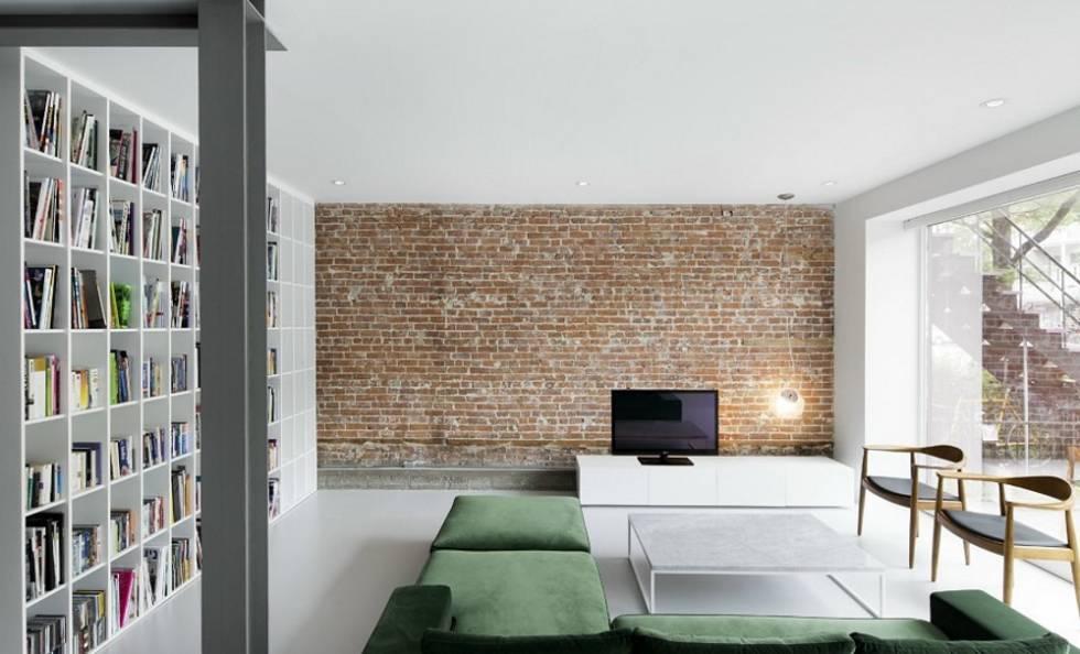 Sala com piso de resina.