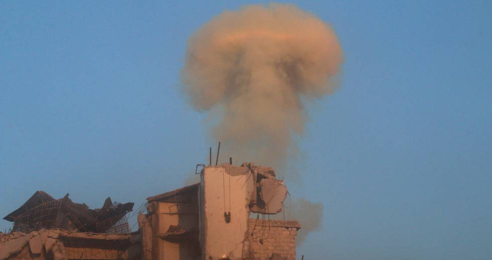 Bombardeio do regime sírio sobre um bairro rebelde de Aleppo.