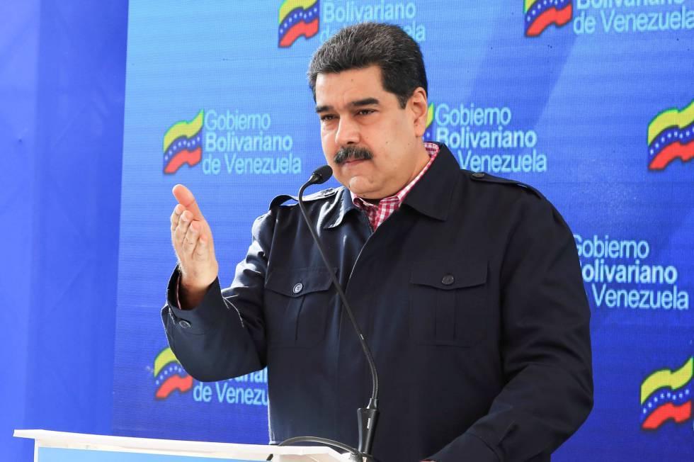 Nicolás Maduro neste domingo durante as eleições locais.