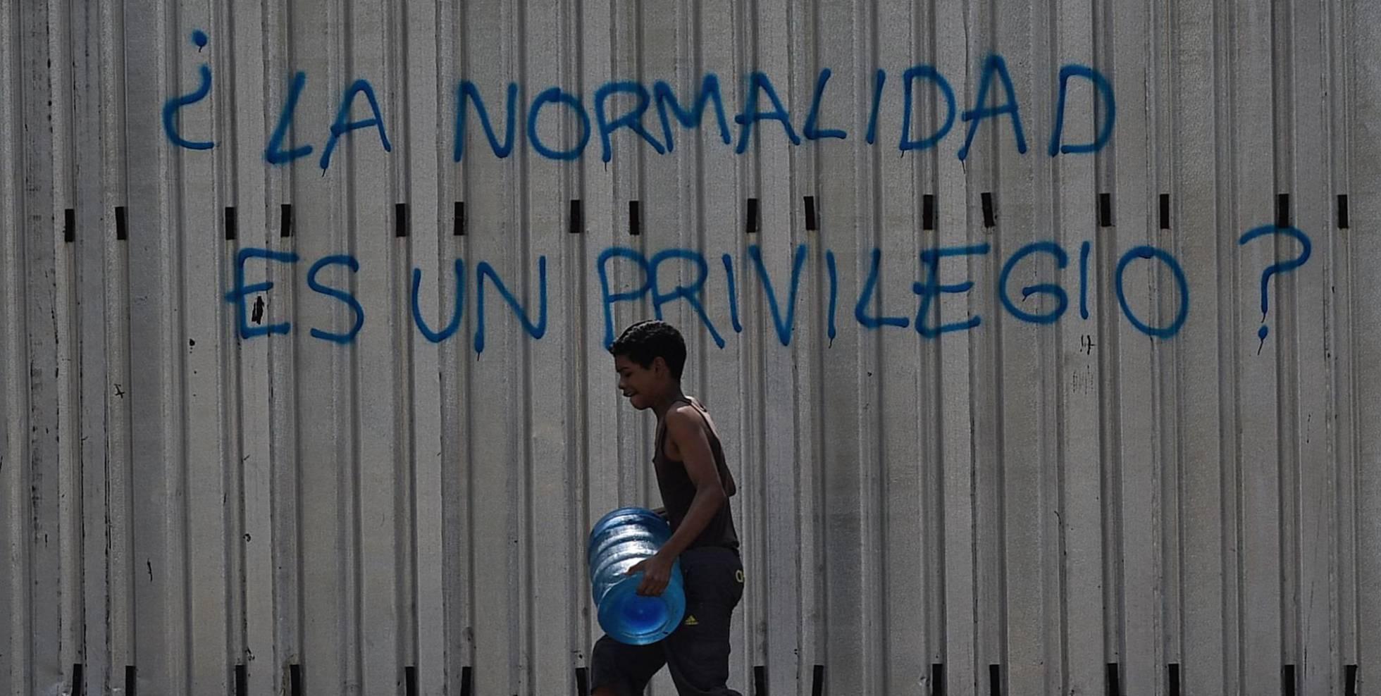 Crise no fornecimento de água em Venezuela.