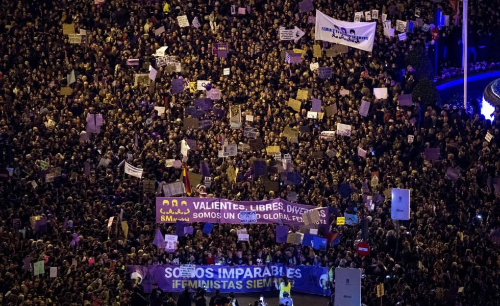 Centenas de milhares de manifestantes compareceram aos atos em Madri.