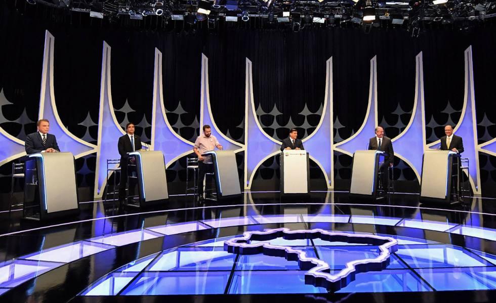 Candidatos à Presidência participam do debate do SBT.